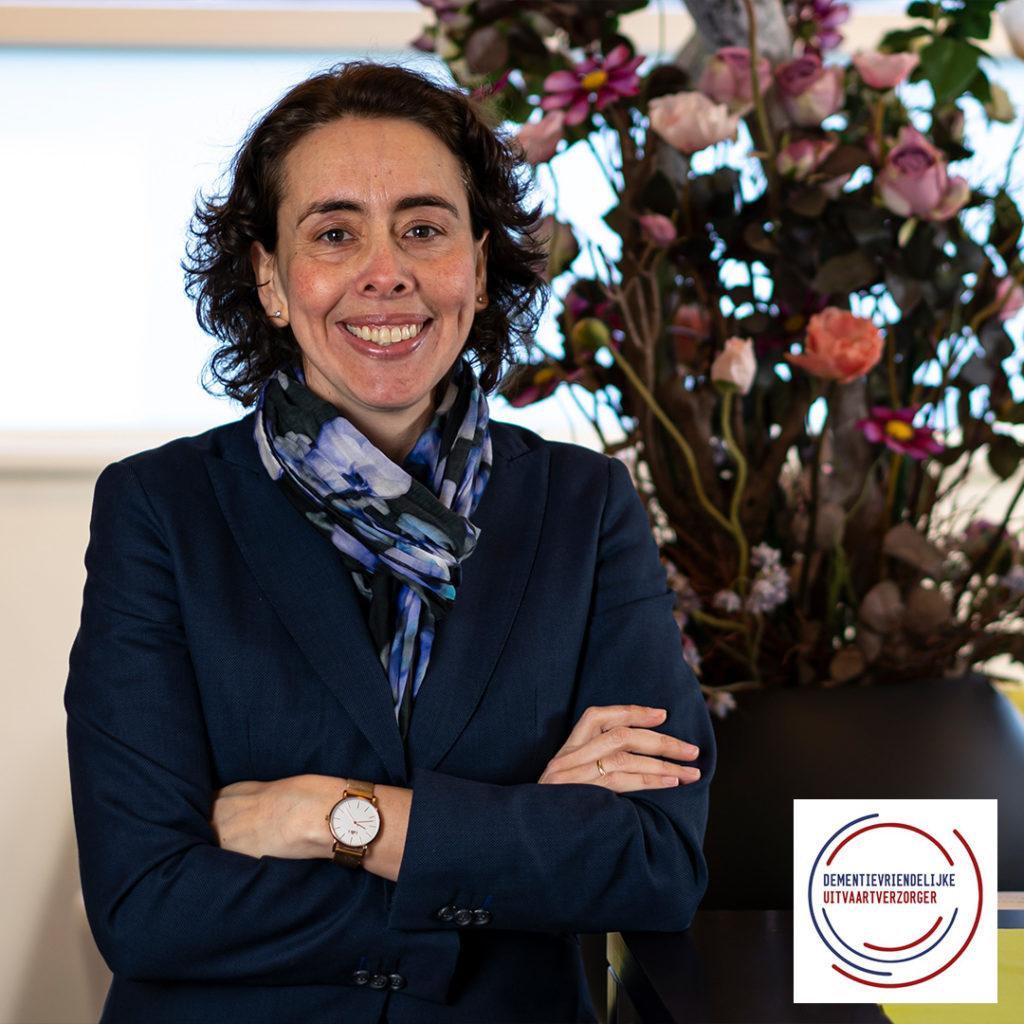 Prisca-Rombouts-met-dementievriendelijke-uitvaartverzorger