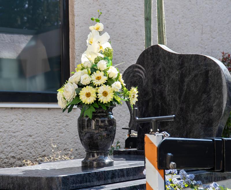 grafmonument-uitvaartzorg-coppens